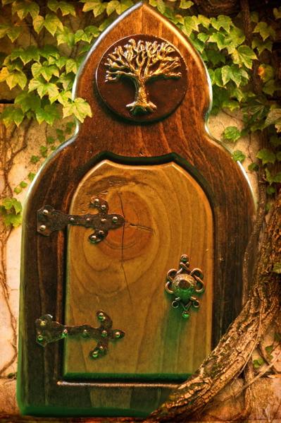 Tree-life-fairy-door1